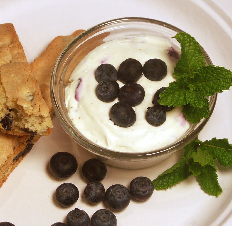 Blueberry Cheesecake Pots with Blueberry Almond Biscotti | Flamingo ...